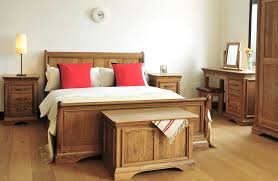 Natural Pine Bedroom Furniture The Cotswold Collection Oak Pine Painted Furniture