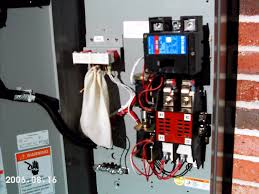 rlc eaton cutler hammer a automatic transfer switch rlc1 200 eaton cutler hammer 200a automatic transfer switch optional service disconnect