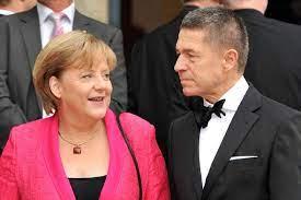 Merkel crumbles over life with 'phantom ...