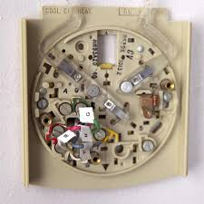 install a programmable thermostat honeywell old thermostat models at Honeywell Round Thermostat Wiring Diagram