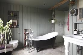 traditional bathrooms ideas. Brilliant Traditional By Emily Shaw September 19 2018 Traditional Styles Remain Popular For  Bathrooms  On Bathrooms Ideas 6