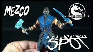 Toy Spot - Mezco Toyz Mortal Kombat X Sub-Zero - YouTube