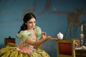 mirror mirror. lily collins in \ mirror i