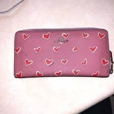 Coach Bags - Coach heart wallet