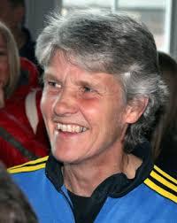 Pia Sundhage inspirerade på Göteborgs universitet. Nyhet: 2013-03-28. Förbundskaptenen för Sveriges damlandslag i fotboll föreläste för studenter om sin ... - 1445499_img_1875a