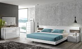 J&M Amora Contemporary White Lacquer & Natural Wood Veneer Queen Size Bedroom Set 3Pcs