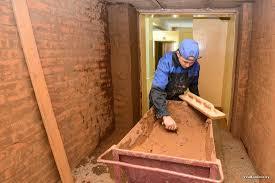 Зарплата в рублей это хорошо хотя мечтается о  Из 500 учащихся колледжа более 300 посвятили себя строительному делу При этом несмотря на кажущуюся суровость профессии и ее нетерпимость к слезам