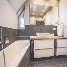 Badezimmer Grau Weis Schlafzimmer Wandfarbe Konzeption Ideen Fr Bad