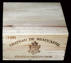 It was the first wine box we sold when Winepine started 11 years ago. The  beautifully decorated cote of arms design always takes me back to that ...