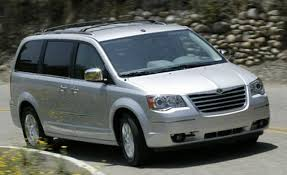 2008 Chrysler Town and Country Specs and Photos | StrongAuto