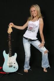 moriah martin little girl big voice nice strat stratocaster guitar girl moriah martin pictured here a tom delonge