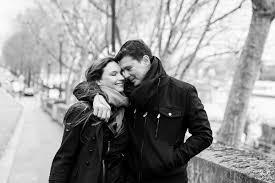 Resultado de imagem para casal apaixonado