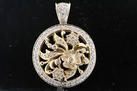 14k yellow gold 150ct round diamond flower circle