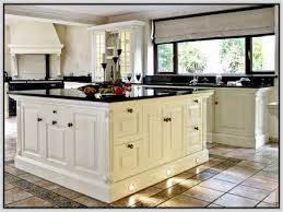 Kitchens With Black Granite Pictures Of Kitchens With White Cabinets And Dark Countertops