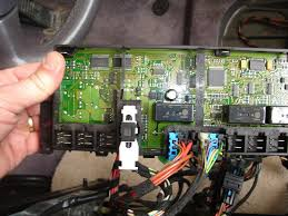 996 drivers side seat failure help pelican parts technical bbs there are definitely relays being tripped on the seat memory board when seat control switches are engaged and when i checked for power at 1 2 3 2 3