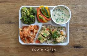hello wonderful   a visual photo essay of school lunches around  sweetgreens photo essay of worldwide school lunches opens up the discussion of what constitutes healthy eating in schools its interesting   and maybe a