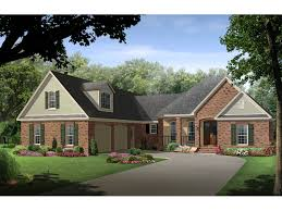 great style traditional house with side entry garage