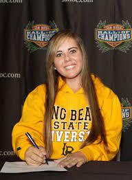 Women's Golf Signs Savannah Knox To NLI - Long Beach State University  Athletics