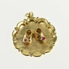 image 1 of 4 free 14k retro scalloped july birthstone baby shoes yellow gold charm pendant