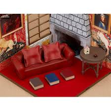 figures decor gryffindor common room