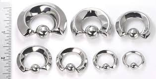 Quadrangle Steel Captive Bead Ring 12g 00g Price Per 1
