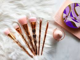 yes it does matter which makeup brushes you use sweet inspovation