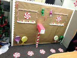 Office decoration christmas Cheap Christmas Office Decorations Office Decorating Ideas For Office Decorations On Budget Holiday Office Decorating Ideas Christmas Office Decorations Hide Away Computer Desk Anyguideinfo Christmas Office Decorations Office Decoration For Office