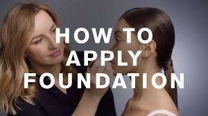 how to apply double wear foundation with emma uk pro makeup artist estée lauder uk