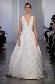 Oscar De La Renta Designer Wedding Dresses Oscar De La Renta Boutique Arabia Weddings