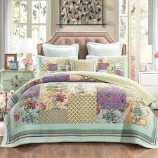 DaDa Bedding Frosted Pastel Gardenia Bohemian Patchwork Quilted Coverl &  Adamdwight.com