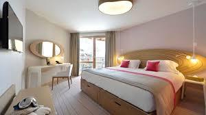 Sensations Resort, Val Thorens double bedroom