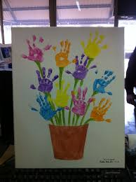 11 children can use the palm of their hands dipped in coloring to imitate various
