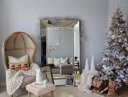 Rustic-Chic Holiday Decor - Styled By Kasey