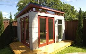 Initstudios39 prefab garden office spaces Truebiglife Prefab Garden Office Exteriorlogs Raised Floor And Modern Shed With White Exterior Wall Greenbeaverdesigncom Prefab Garden Office Prefabricated Garden Office Sustainable Rooms