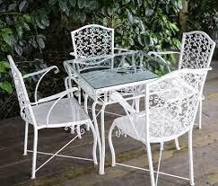 how to prevent rust on metal furniture