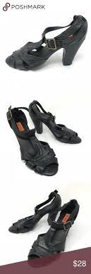 Miz Mooz Sz 7 5 Sari Black Leather T Strap Pumps Miz Mooz