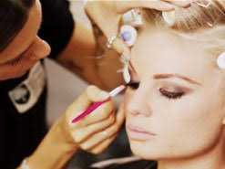 diploma of specialist make up services