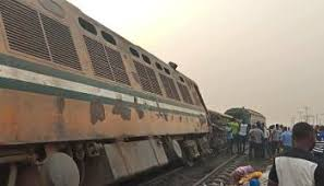 Lagos-Oshogbo bound free train ride delays due to train derailment