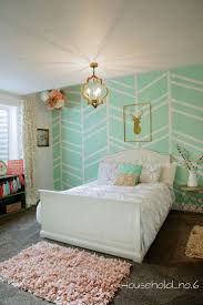Decorate Bedroom Walls 17 Best Ideas About Painting Bedroom Walls On Pinterest Paint