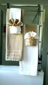 Decorative bath towels ideas Adorable How To Arrange Towels On Towel Bar Decorative Bathroom Towels Bathroom Towel Ideas Decorative Bath Ecovegangallive How To Arrange Towels On Towel Bar Small Bathroom Ideas That Will