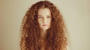 Tapety Tvář ženy Ryšavý Model Portrét Jednoduché Pozadí