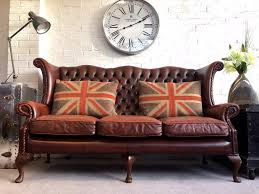 Queen Anne Living Room Furniture Vintage Wingback Queen Anne Chesterfield Sofa Can Deliver In