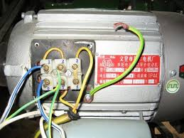 a motor wiring problem by normanw com rather a circuit tester i traced which wire went where then put in a new 5 core 2 5mm cable brown blue black