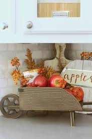 Cheap easy fall decorating ideas Mantel Easy Fall Kitchen Decorating Ideas Simple Ways To Add Some Fall To Your Kitchen Decor Clean And Scentsible Easy Fall Kitchen Decorating Ideas Clean And Scentsible