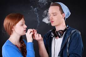 Teens struggling with smoking pot