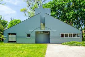 the vanna venturi house in chestnut hill has been added to the philadelphia register of historic places photos courtesy of kurfiss sotheby s international