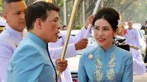 เจ้าคุณพระสินีนาฏ : ในหลวง เสด็จฯ ร่วมบำเพ็ญพระราชกุศล เนื่องในวันเกิด -  BBC News ไทย