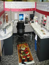 desk christmas cubicle decoration page