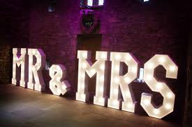 Mr And Mrs Light Up Sign Hire Led Letters Love Mr Mrs Make It Stand Out 01772 367101