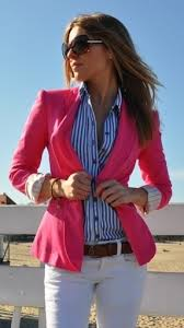 Znalezione obrazy dla zapytania blogi garnitury damskie w pasy